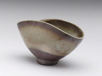 bowl made from steve harrison's black magic clay body